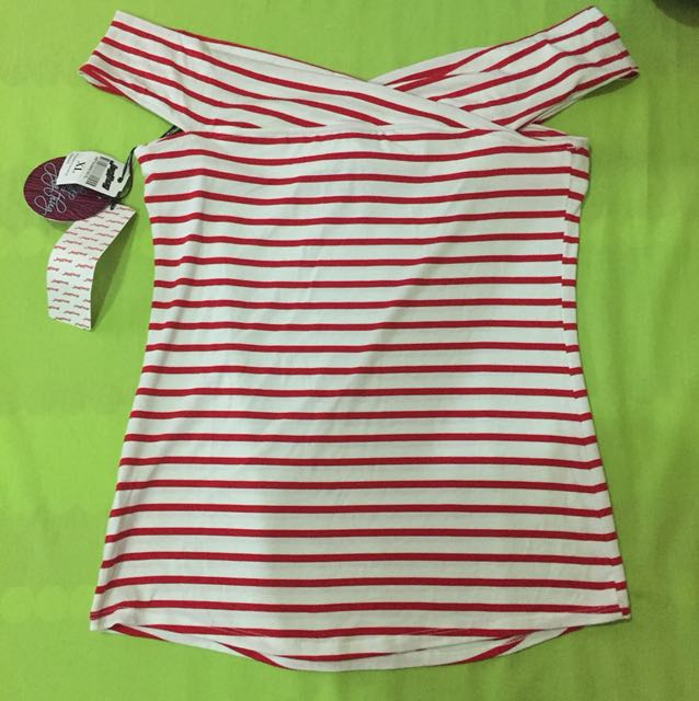 Jagthug Modified Off Shoulder Red/White