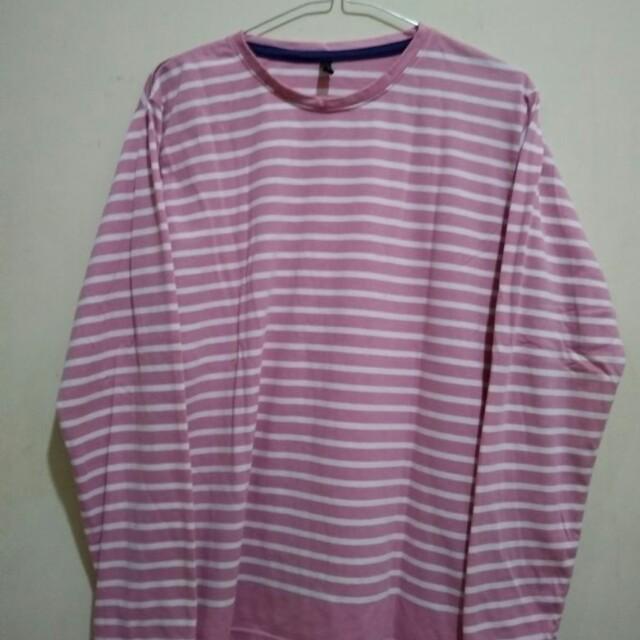 kaos strip pink