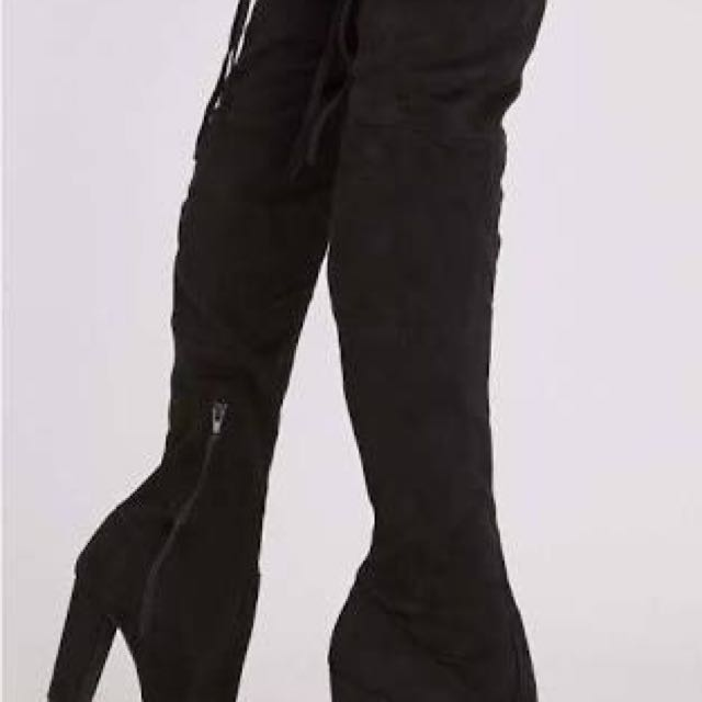 Knee high boots suede size 7-8