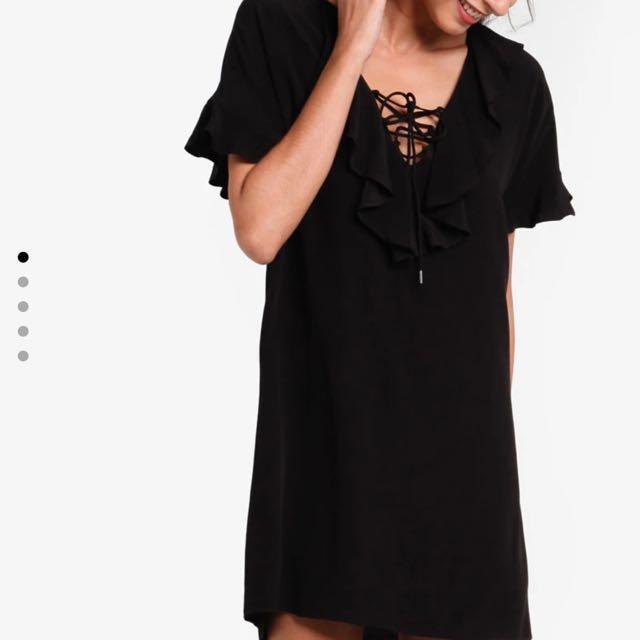 Lace ruffle shift dress