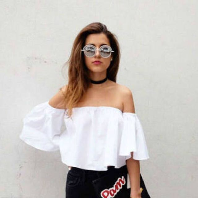 LOOKING FOR: Zara off shoulder