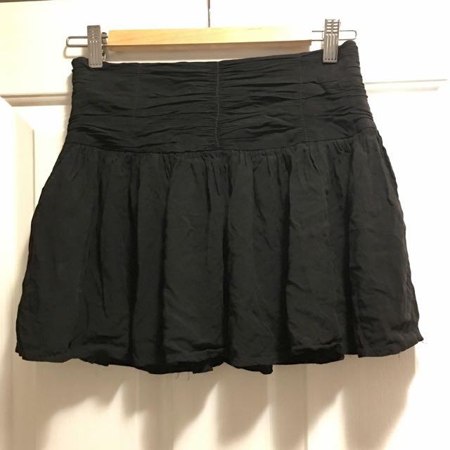 Love Zalora Black Skirt Size Medium