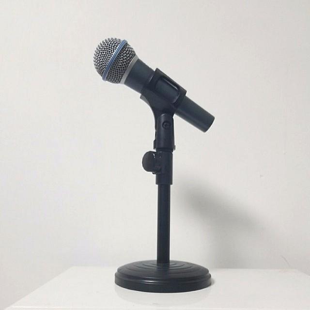 全新坐枱式mic架 (不連咪)