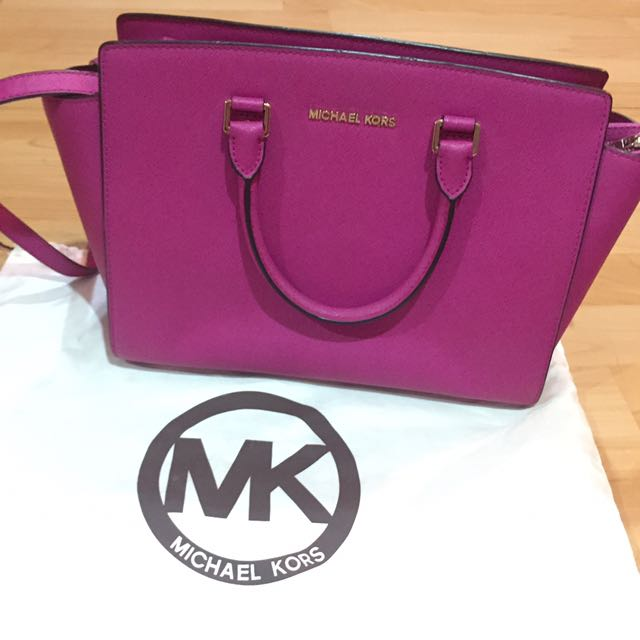 Michael Kors AUTHENTIC Large Selma Fuschia Bag