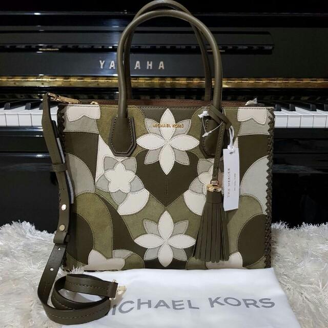 Michael Kors Mercer Large Floral Olive