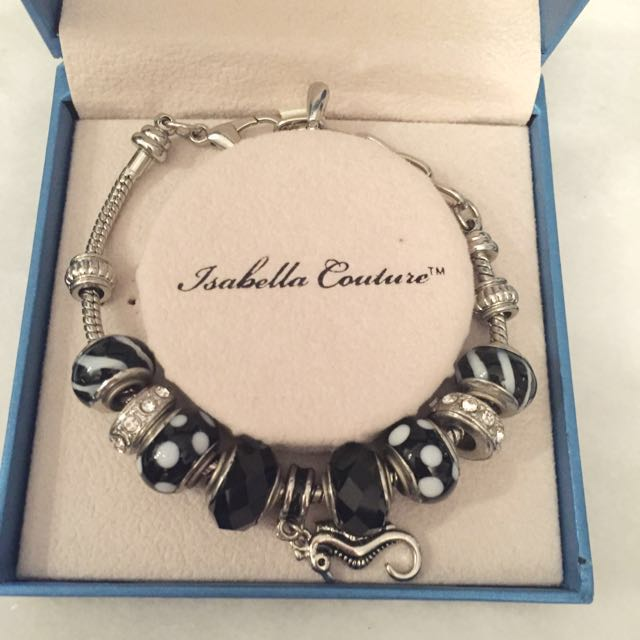 NEW Isabella Couture Pandora Style Charm Bracelet