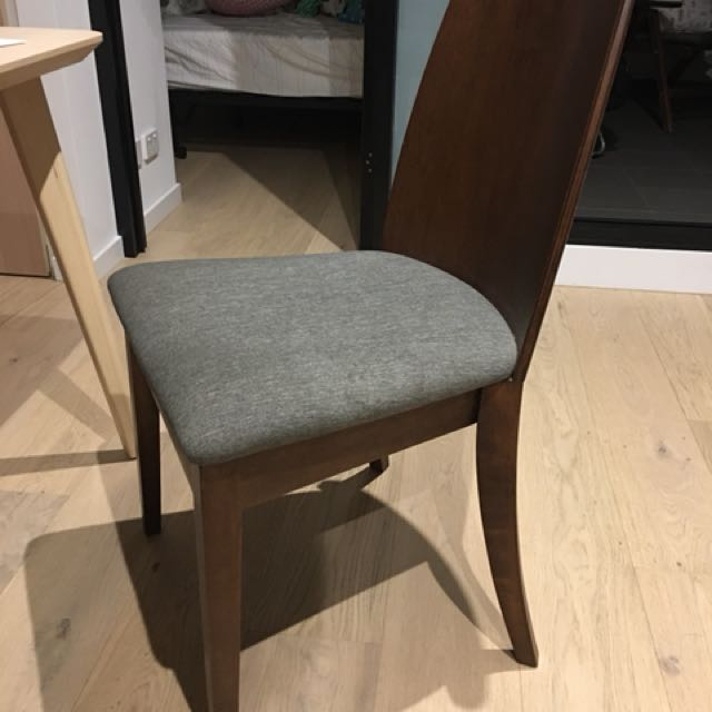 Oak dining chairs x 4