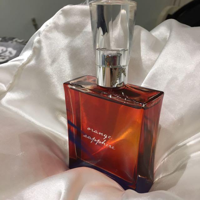 Orange sapphire perfume