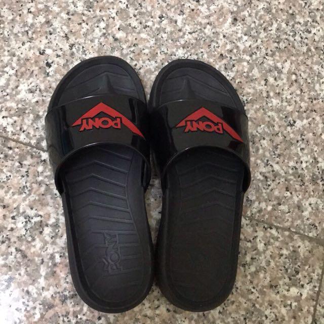 PONY拖鞋