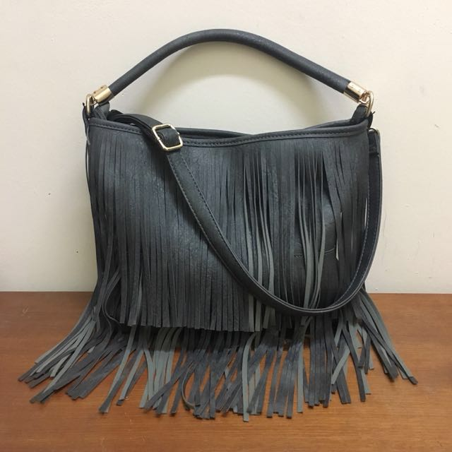 Preloved H&M Fringe Shoulder Bag