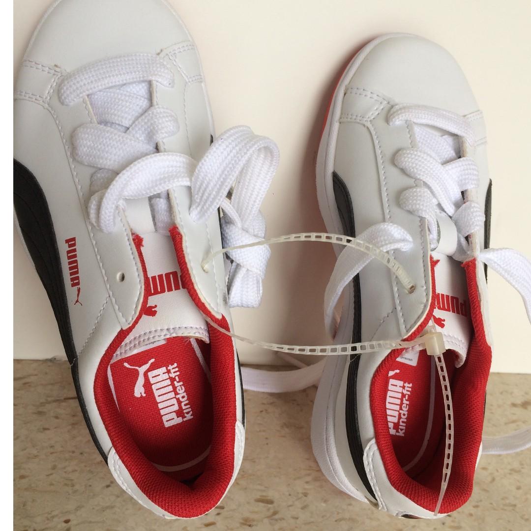 Puma Walking or running shoes