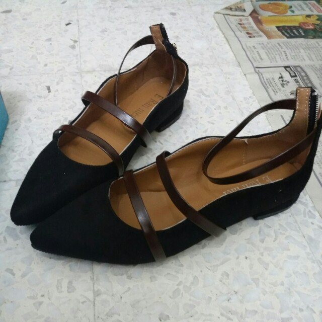 Ready stock - Pointed Straps Formal Shoes