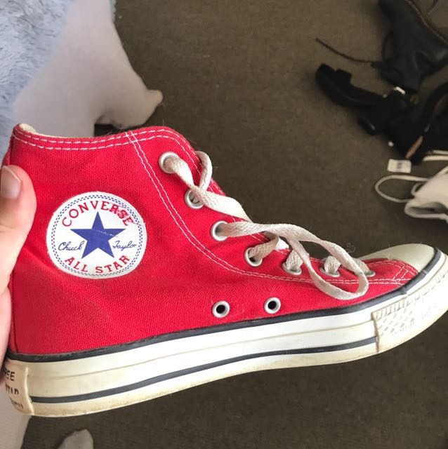 Red converse all stars size 6 men's