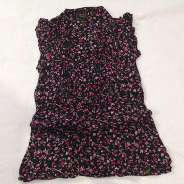 RED LABEL BY RED GIRL floral sleeveless blouse