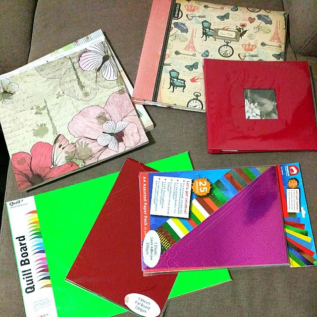 Scrapbook folder & papers