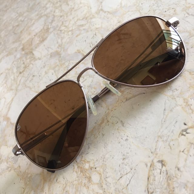 4112defd8b Serengeti Sunglasses (Brando 7700) on Carousell