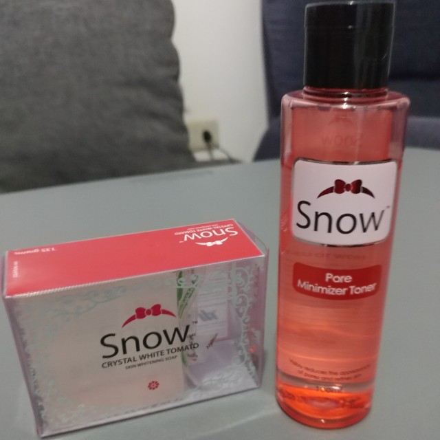 Snow skin whitening soap & Pore minimizing toner