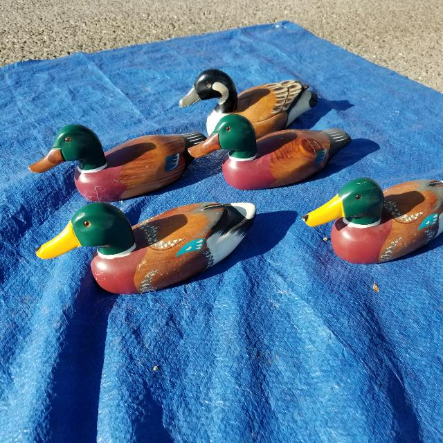 Solid Wood Duck Decoys