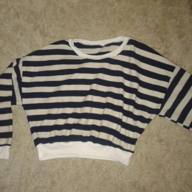 Sweater stripe crop