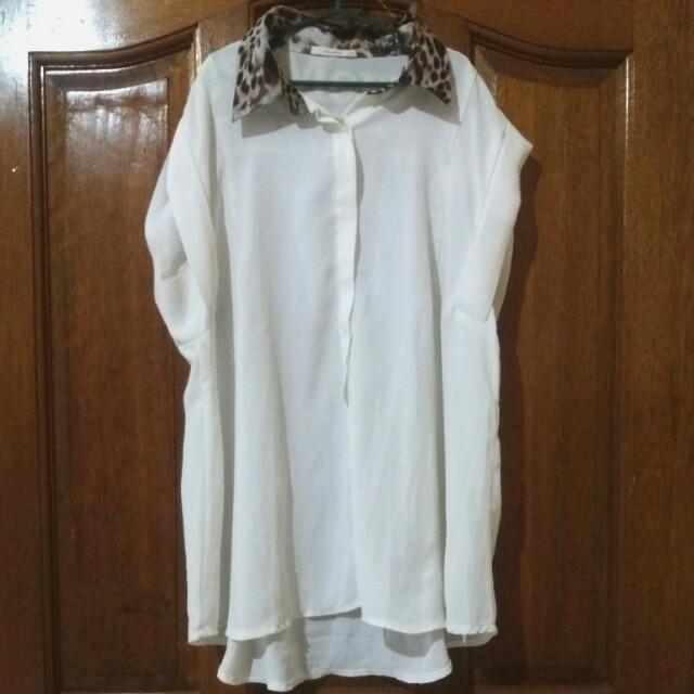 White Chiffon leoprint Collar