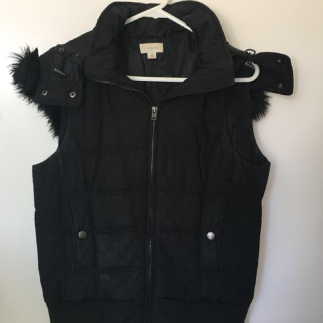 Witchery Puffer Vest size 10