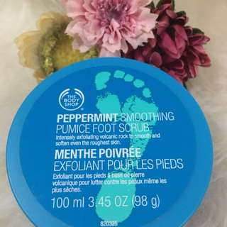 Body Shop Peppermint Smoothing Pumice Foot Scrub
