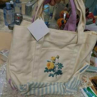 Crabtree lunch bag 英國復古玫瑰 款 聖誕禮物抽獎必備