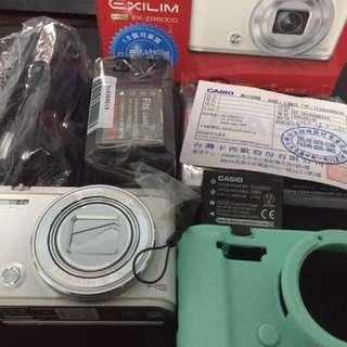 Casio zr5000 翻轉相機