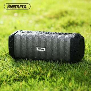 Remax RB-M12 Waterproof IPX7 Bluetooth Speaker