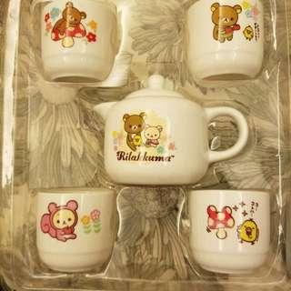 鬆弛熊 一set 茶壺加4隻杯