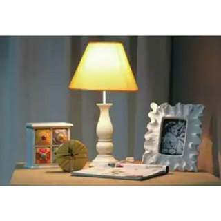 Table lamp lampu meja tidur shabby shabbychic vintage hias