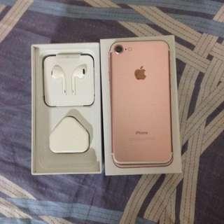 Iphone7 128G 玫瑰金 99%新 配件未使用過
