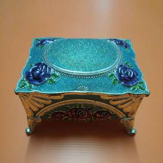 jeweleries trinket box