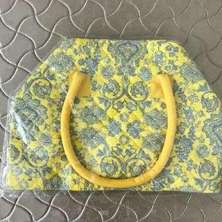 NaRaYa Travelling Bag Yellow
