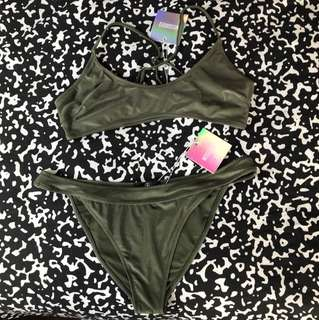 BRAND NEW Missguided Sporty Cross back bikini set