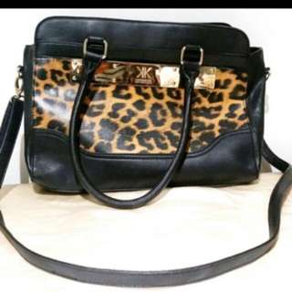 Kardashian leopard bag with straps