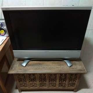 Sharp 32 LCD