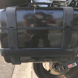 Givi trekker side pannier with carbon fibre wrap TRK33N