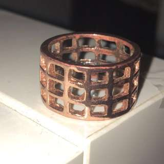 Holiday bronze cage ring