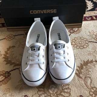 Converse size 6