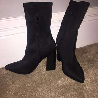 SOCK BOOTS BRAND NEW SIZE 7