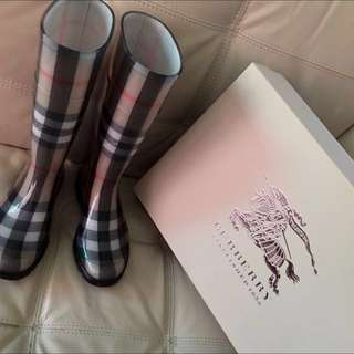 Authentic Burberry Boots ( House Check Rain Boots)