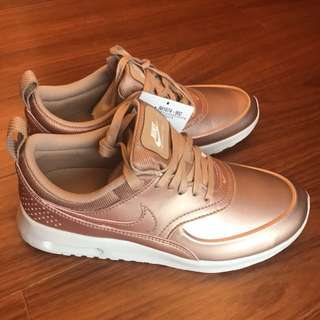 Nike air Max SE 玫瑰金休閒運動鞋