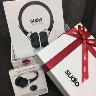 🎧 SUDIO SWEDEN Headphones 🎧                   ➕Black Marble Caps { 1 Sets } *SEALED*