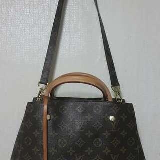 Luis Vuitton Two way Bag
