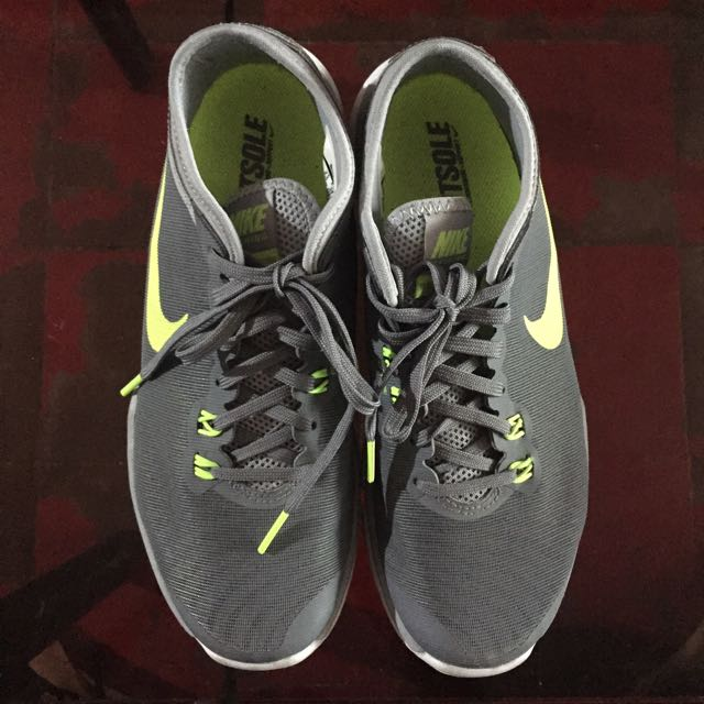 100% auth women nike PLS TERMS AND CONDITIONS