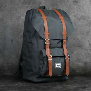 BNWT Herschel Supply Little America 25L Backpack
