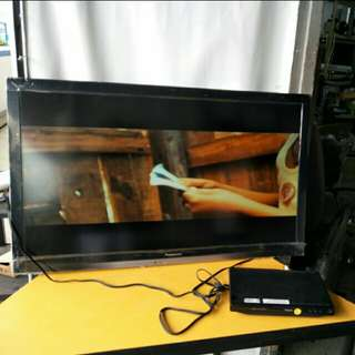 "PANASONIC TC-L42E3 42"" Inch Class VIERA 1080p LED TV"