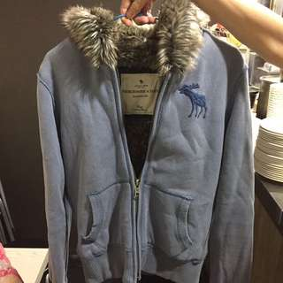 🚚 Abercrombie and Fitch 刷毛厚外套