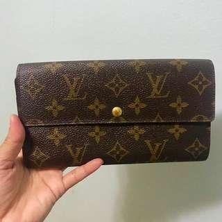 SALE‼️ Lv sarah wallet 💯% Authentic